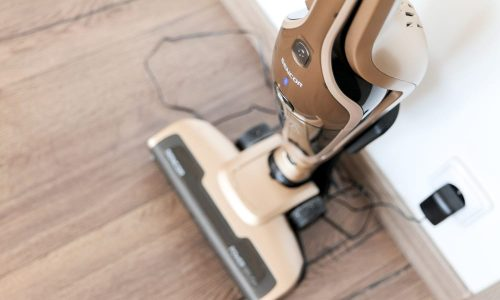 6 Best Corded Stick Vacuums (Reviews of 2019)