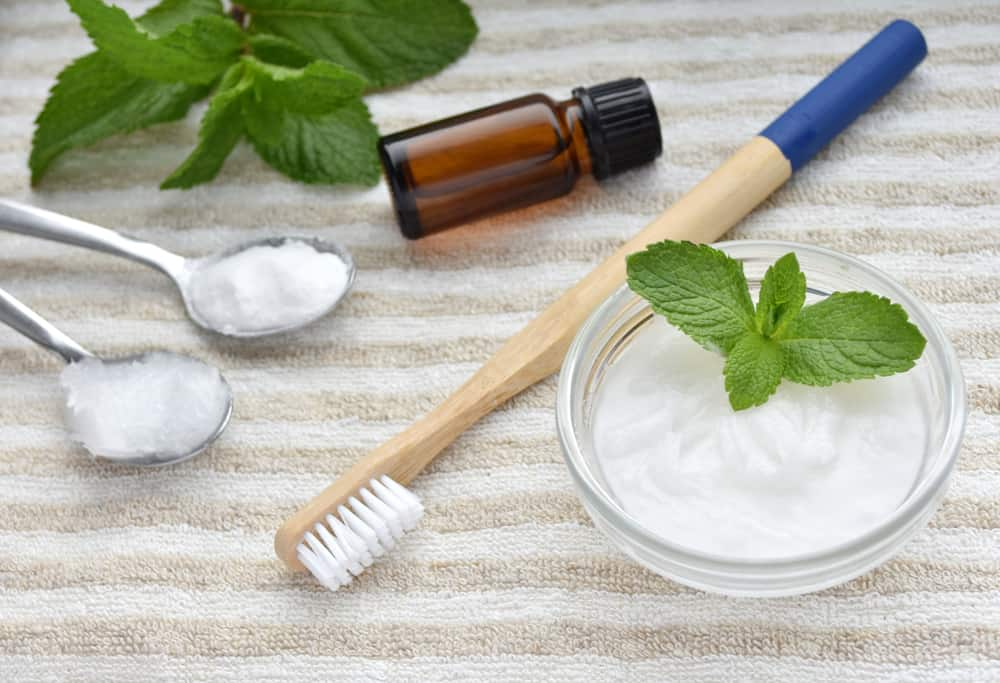 7 Natural Homemade Toothpaste Recipes