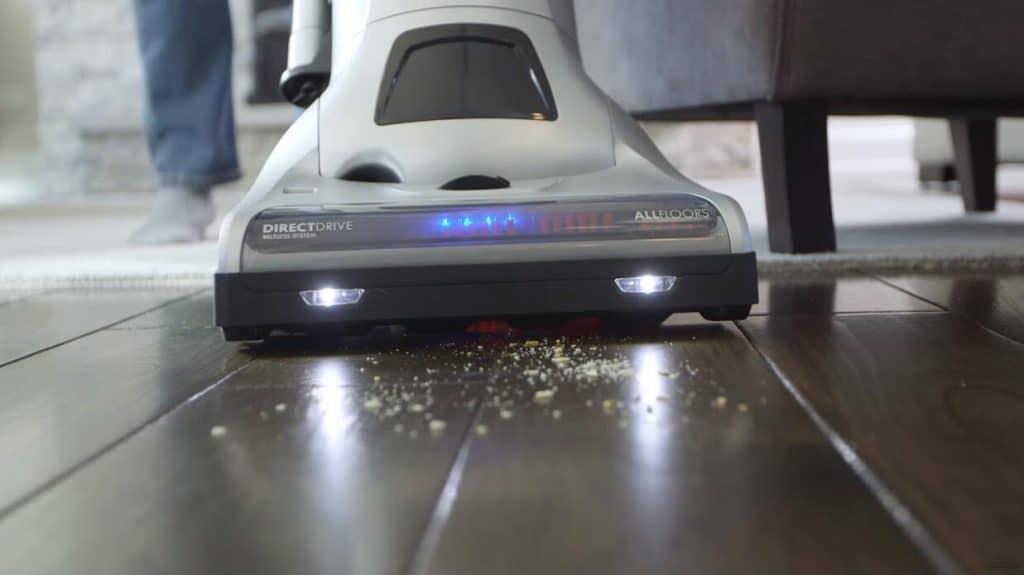 Kenmore Elite 31150 vacuum cleaner for hardwood floors and pet hair
