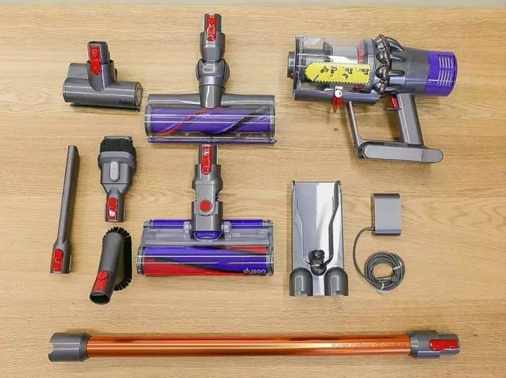 dyson v10 animal cordless vacuum for pet hair review