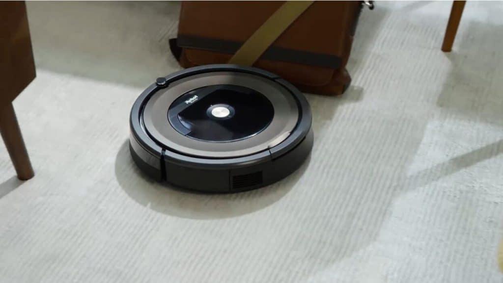 iRobot Roomba 890 robot vacuum cleaner for hardwood floors review