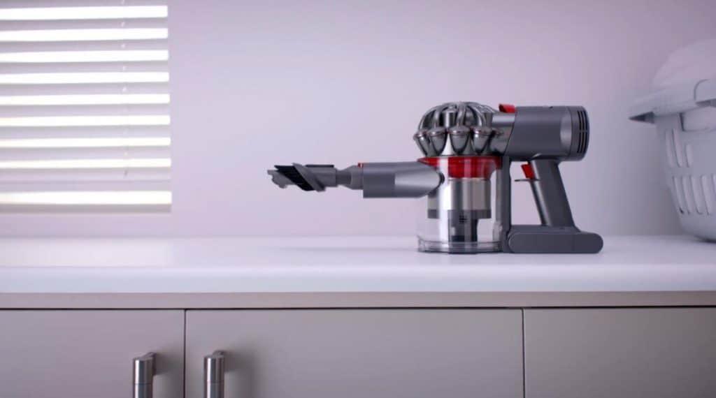 Dyson V7 Trigger vacuum reviews