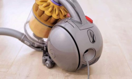 How does a Dyson Vacuum Work