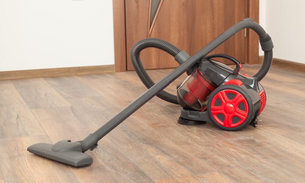 7 Best Vacuums For Hardwood Floors Of 2019