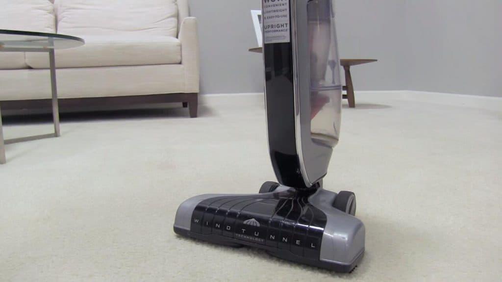 vacuum cleaner for laminate floor