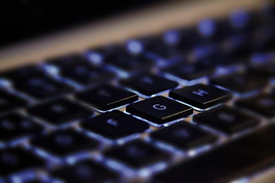 How to Keep a Keyboard Clean