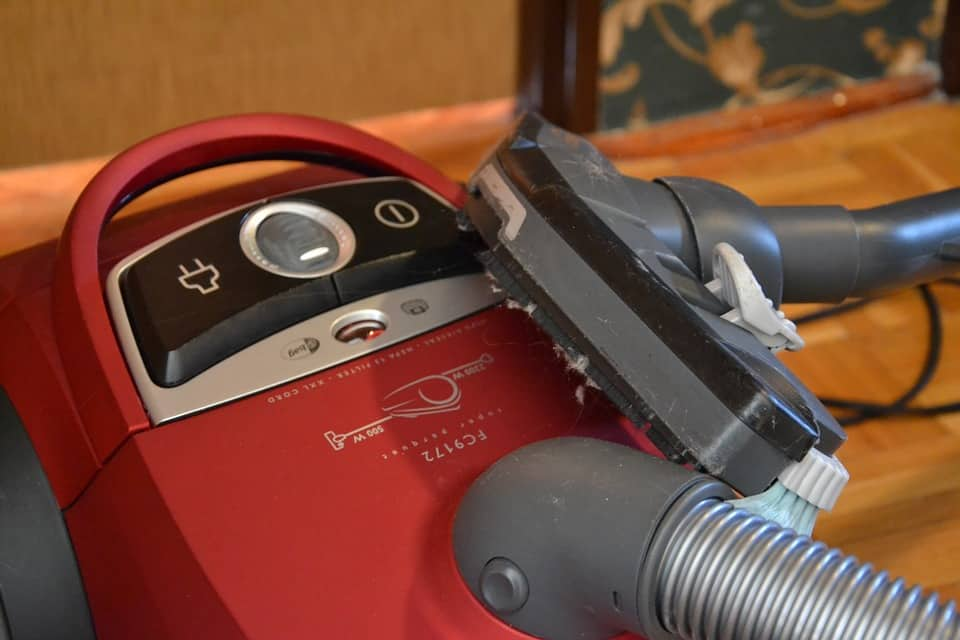 How to Repair a Vacuum Cleaner