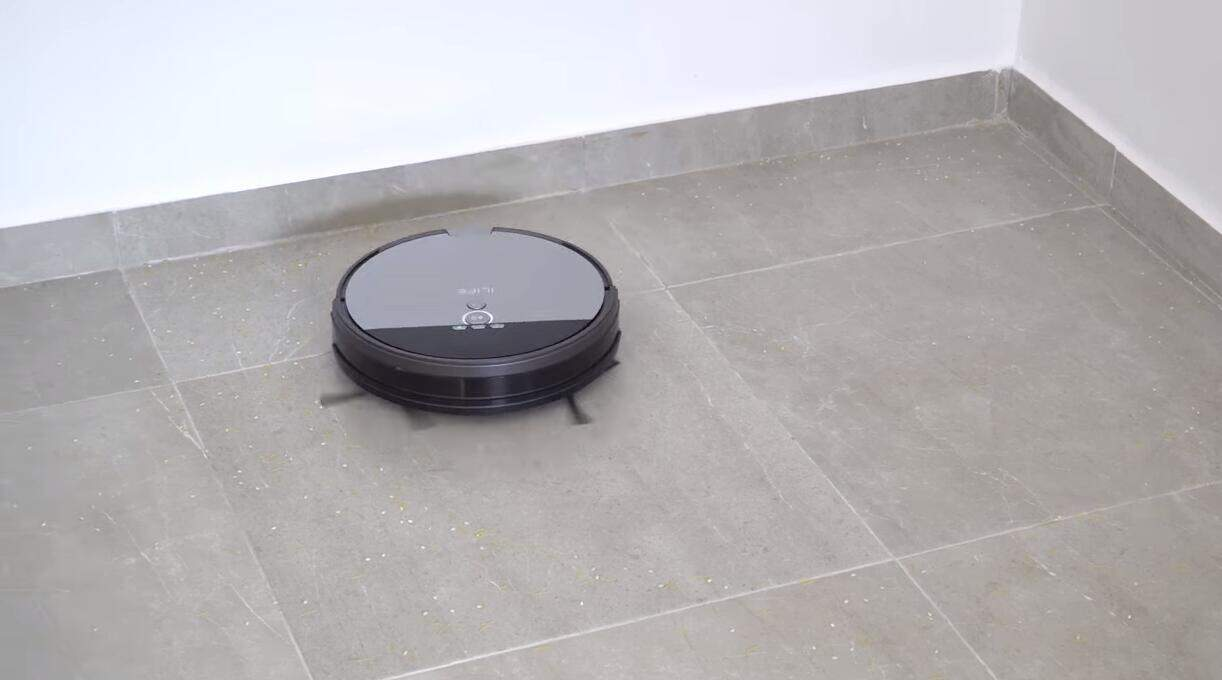 ILIFE v8s robot vacuum and mop reviews