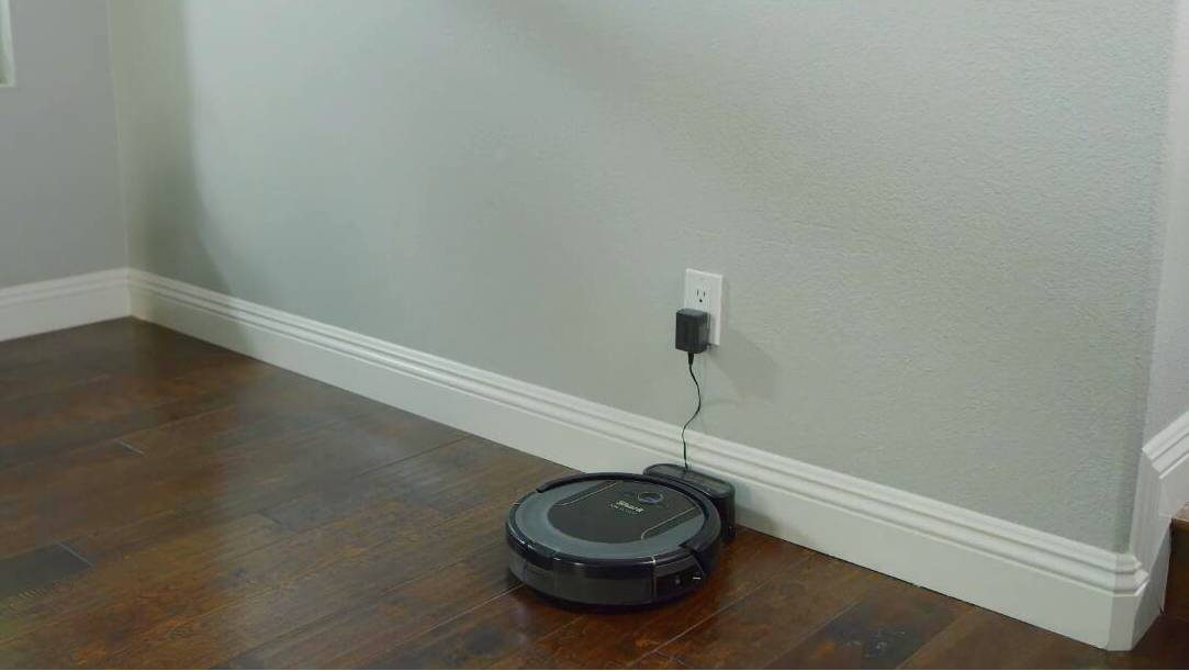 SHARK ION R75 robotic vacuum cleaner for hardwood floor