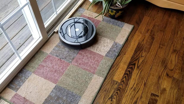 iRobot Roomba 880 vacuum for hardwood floor
